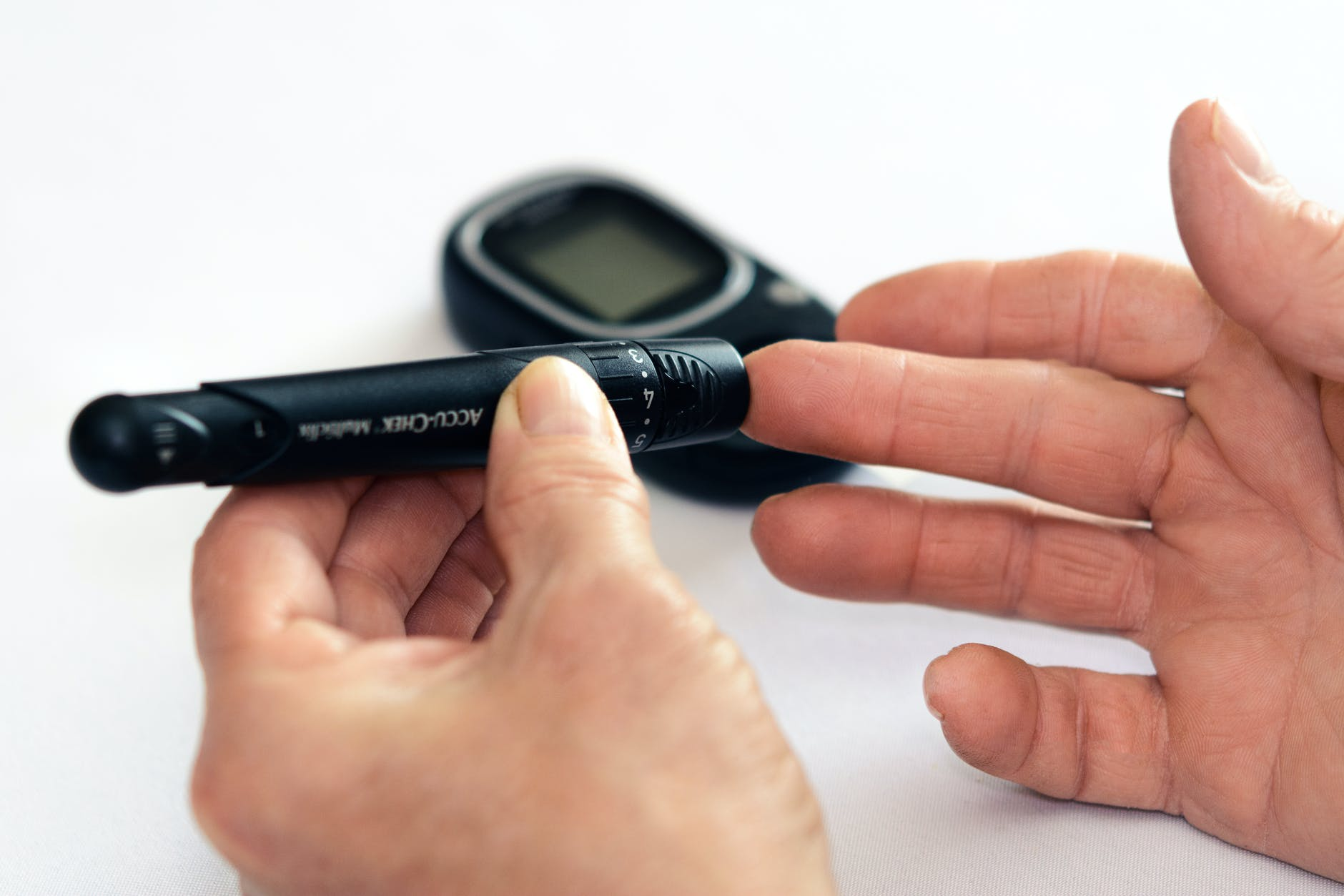 can you have hypoglycemia without diabetes?